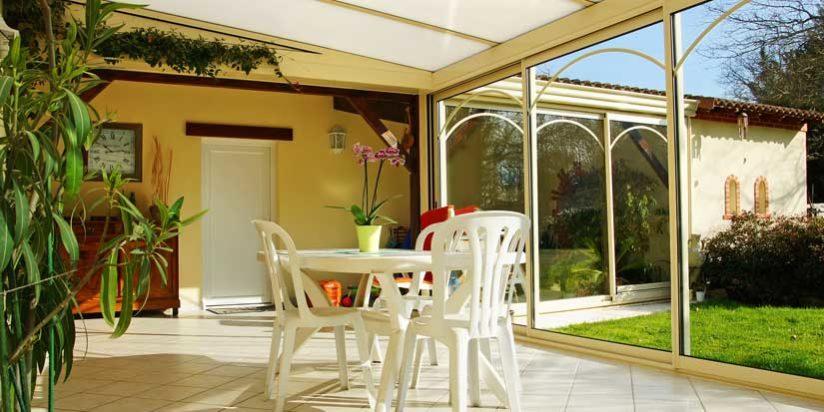 astuces pour bien isoler le sol de votre v randa. Black Bedroom Furniture Sets. Home Design Ideas